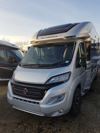 2021 Adria Matrix Supreme 670 DC